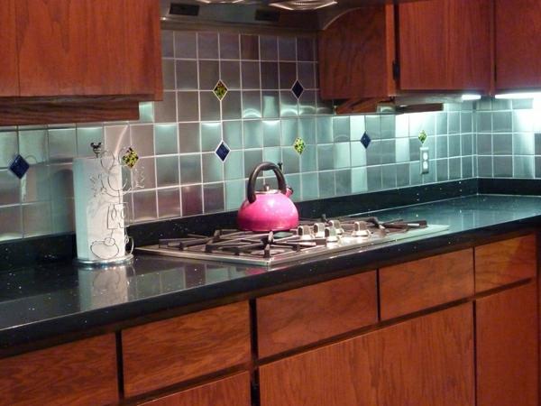 Beaux meubles pas chers car interior design for Carrelage mural pour cuisine pas cher