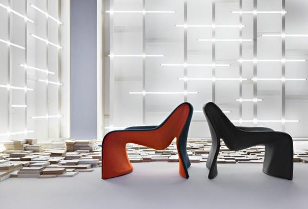 chaises-longues-originelles-en-noir-et-orange