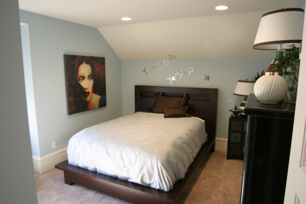 combles-aménagés-art-chambre-à-coucher
