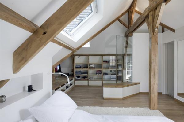 combles-aménagés-loft-design-un-intérieur-blanc