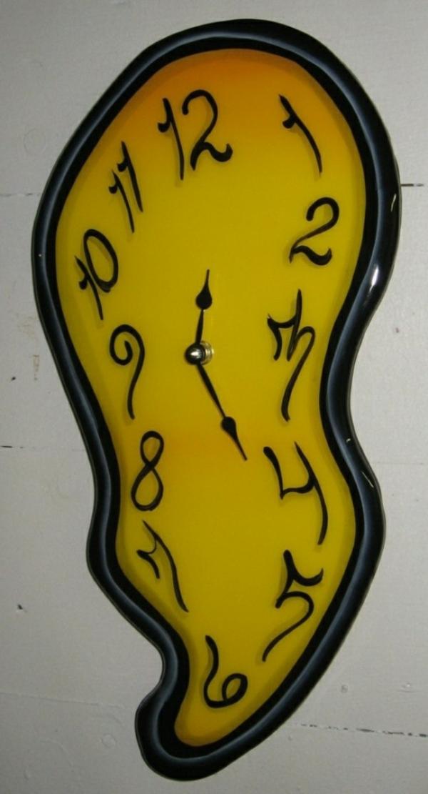 cool-horloge-design- murale-salvador-dali