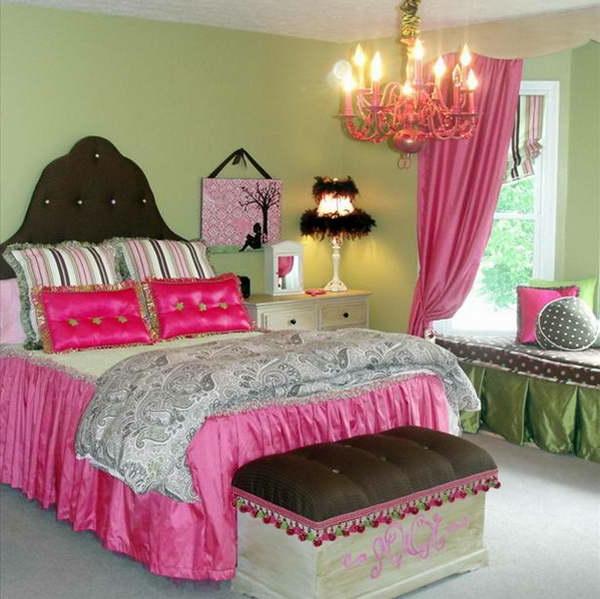 cool-lit-de-fille-ado-en-rose-barroque