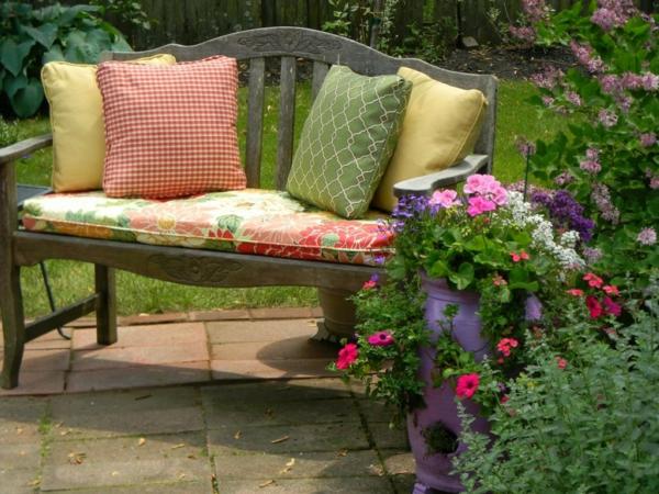 coussin-de-chaise-pour-le-jardin-extérieur