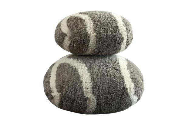 coussins galets trouvez le meilleur prix sur voir avant d 39 acheter. Black Bedroom Furniture Sets. Home Design Ideas