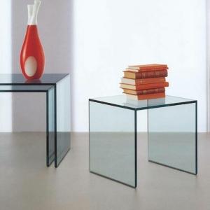 La table de salon en verre