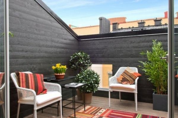 La d coration de toit terrasse des id es cr atives en photos inspirantes - Maison en bois peinte ...