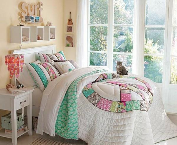 La d co chambre ado fille esth tique et amusante for Accessoire deco chambre