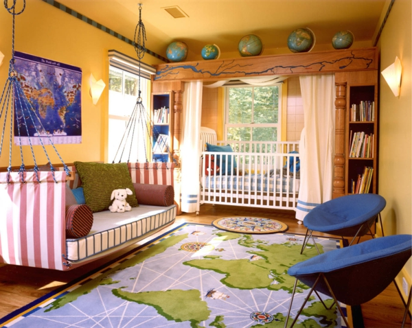 Deco chambre enfant cartes