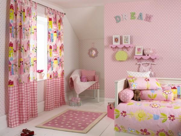 deco-chambre-enfant-rideaux