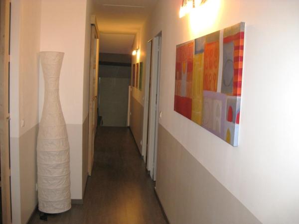 deco couloir excellent idee decoration couloir interieur ides damnagement pour un long couloir. Black Bedroom Furniture Sets. Home Design Ideas
