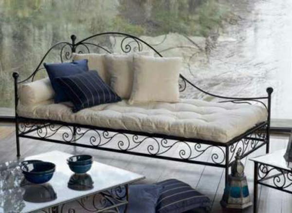 la d co fer forg 41 id es inspirantes pour votre int rieur ou jardin. Black Bedroom Furniture Sets. Home Design Ideas