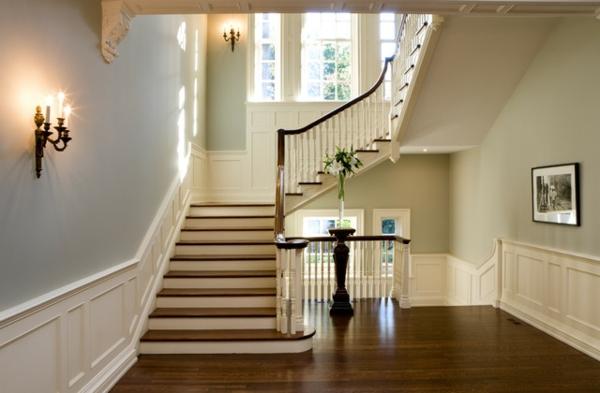 Un escalier demi tournant embellit vos int rieurs modernes for Deco escalier ancien