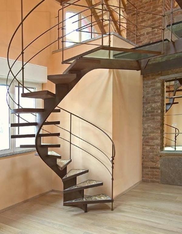 escalier-en-colimacon-bois