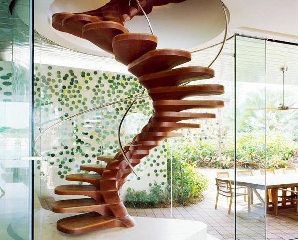 Un escalier en colimaçon - des idées pour relooker votre intérieur