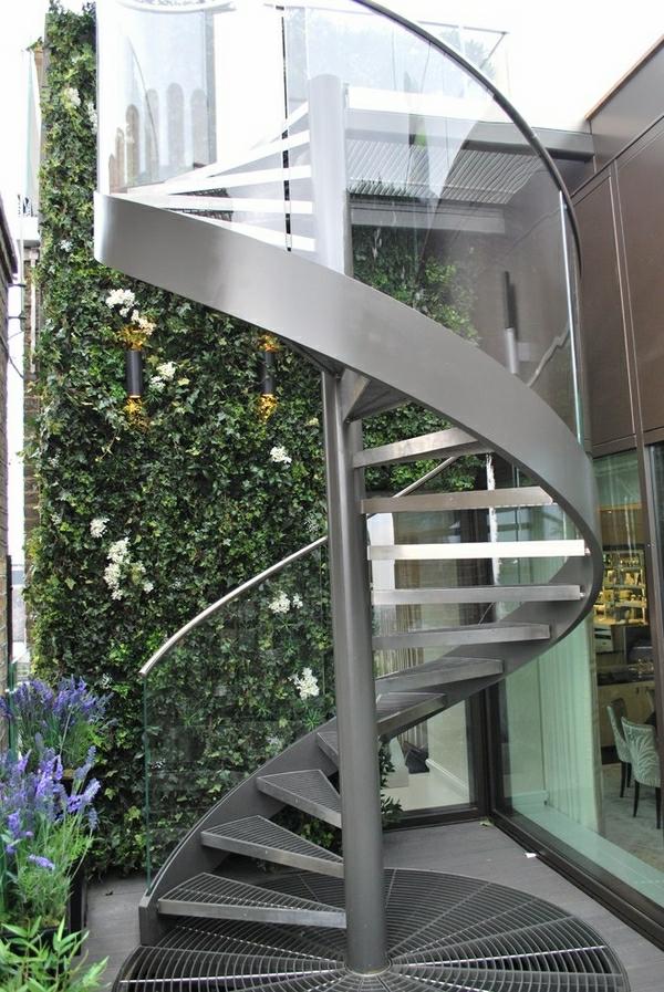 escalier-extérieur-de-inox
