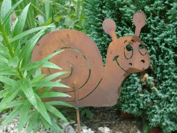 escargot-rouille-decoration-jardin