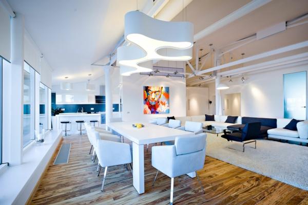 esprit-loft-intérieur-blanc-moderne-et-une-peinture-extravagante