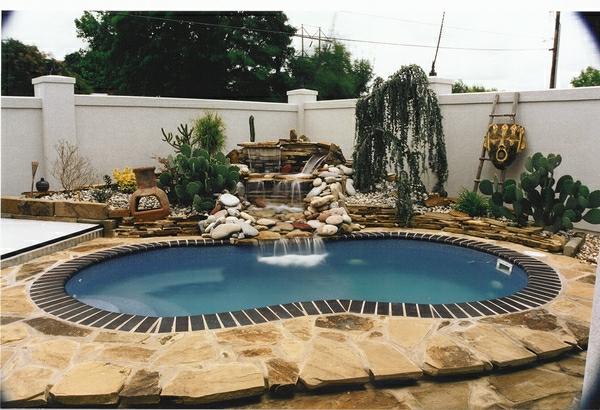 extérieur-piscine-creusée-