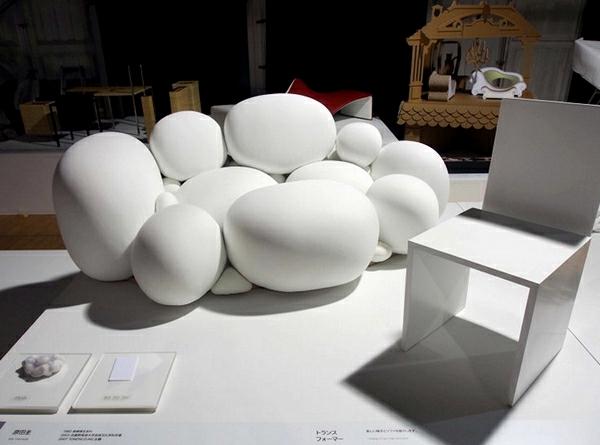 forme-du-nuage-pour-le-design-du-canapé-blanc