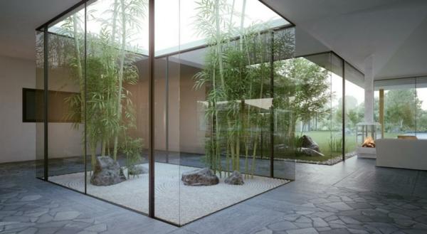 jardin-japonais-intérieur-arrière-des-portes-vitrées