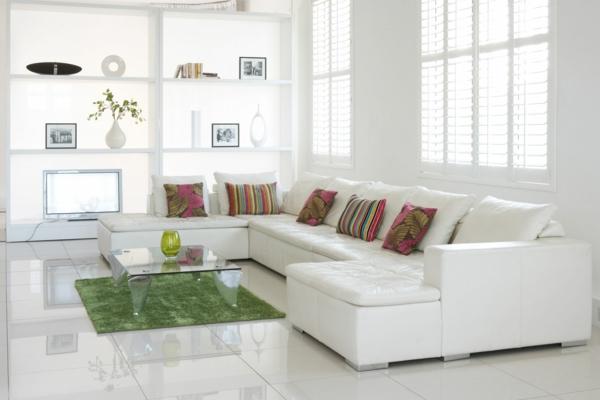 jolie-table-pour-le-salon-et-deco-en-blanc