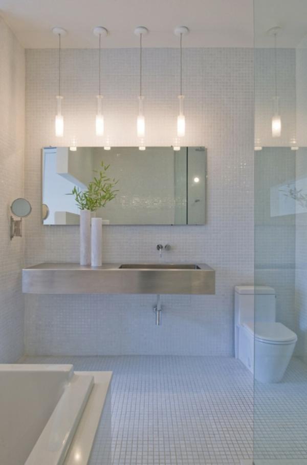 Id es d 39 clairage de miroir pour la salle de bain for Eclairage de salle de bain