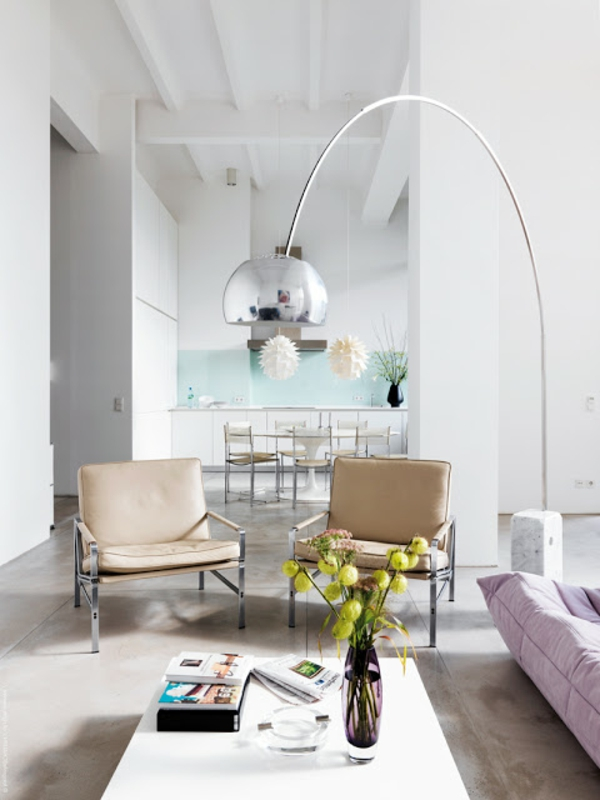 lampadaire-fly-chrome