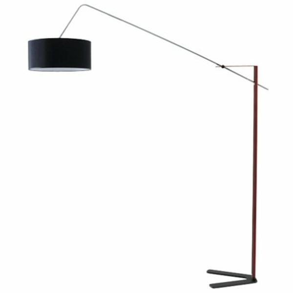 un lampadaire fly apporte du style et du charme au salon. Black Bedroom Furniture Sets. Home Design Ideas