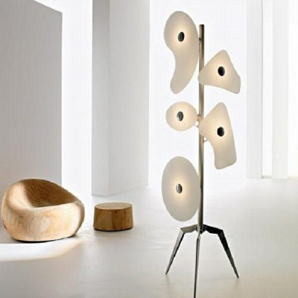 lampadaire-fly-moderne