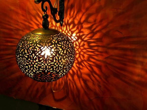 lampe-marocaine-une-lampe-ronde