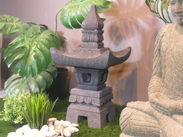 lanterne-japonaise-en-pierre-de-lave-55cm