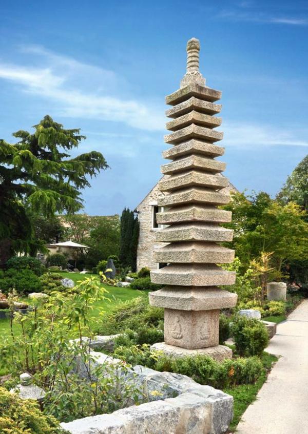 lanterne-japonaise-pagode-granit