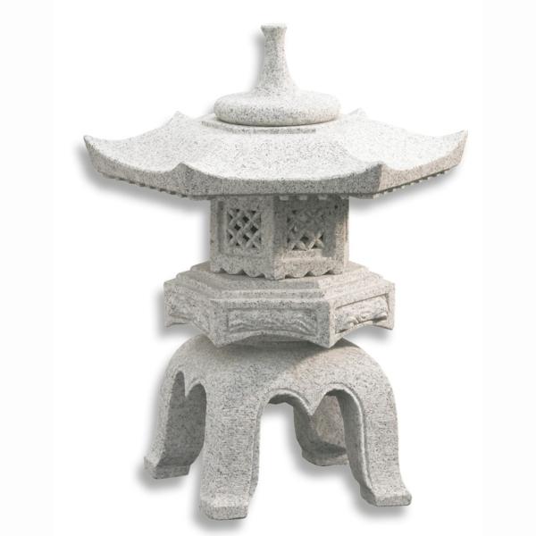 une lanterne japonaise dans le jardin le charme de l. Black Bedroom Furniture Sets. Home Design Ideas