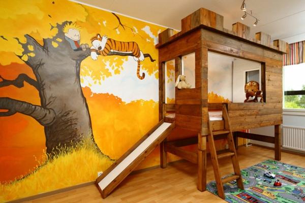 lit-d'enfant-original-avec-escalier