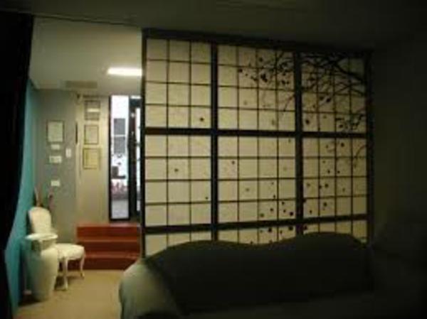 loison-japonaise-fauteuil