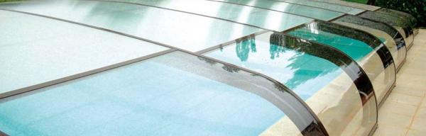 luxueux-abris-de-piscine