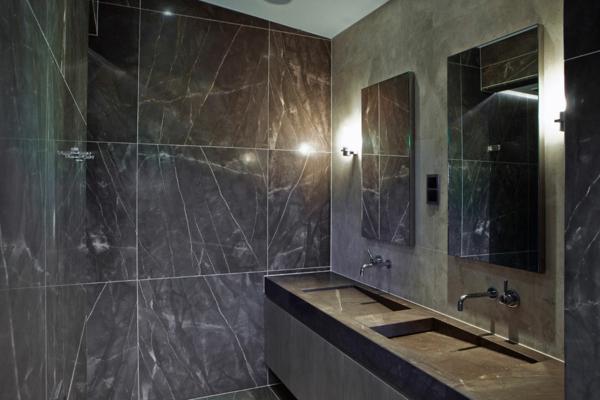 Le meuble salle de bain double vasque convient une for Carrelage en marbre noir