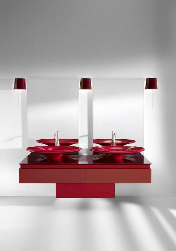 meuble-salle-de-bain-à-double-vasque-en-rouge-et-blanc