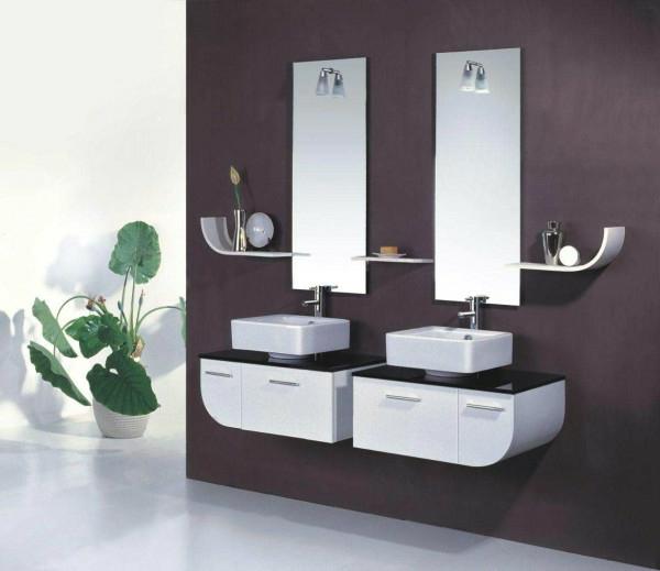 meuble-salle-de-bain-à-double-vasque-et-des-commodes-petits-et-blancs
