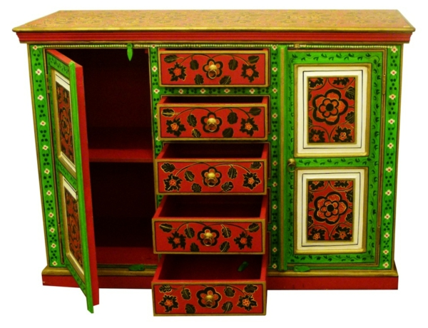 meubles-indiens-un-rack-traditionnel-en-vert-et-rouge