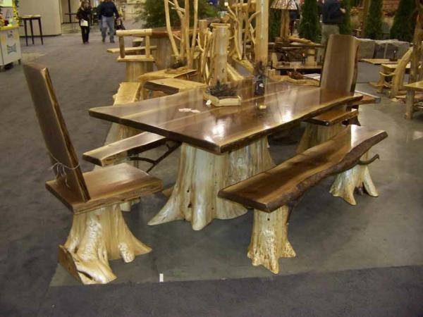 meubles-rustiques-une-table-et-des-chaises