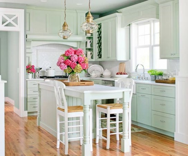 mint-cottage-style-kitchen-bhg