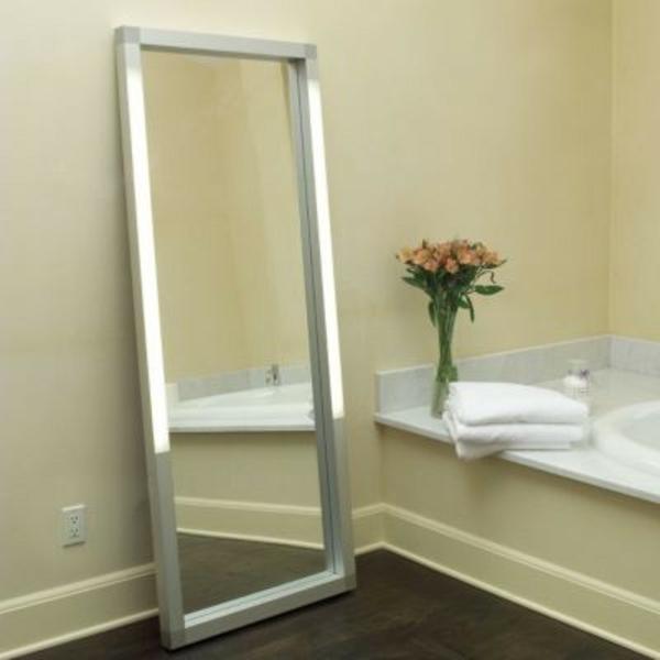 miroire-mural-éclairage-pour-la-salle-de-bain