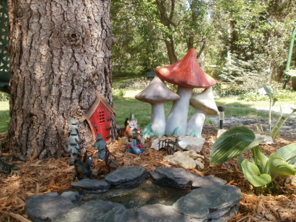 Choisir un nain de jardin pour la d co magique - Nain de jardin voyageur ...
