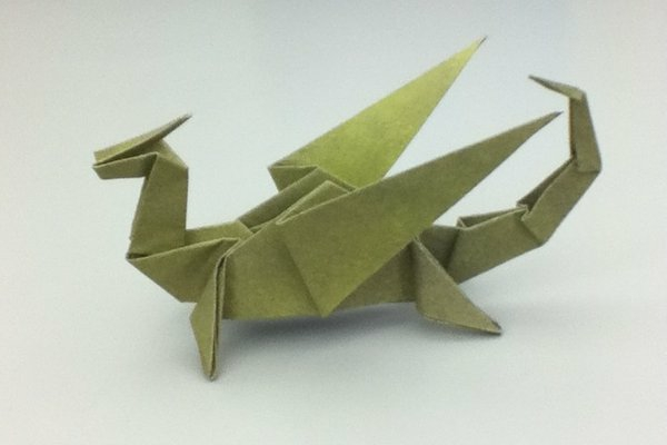 origami-serviette-dragon