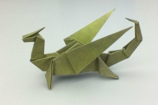 Une origami serviette resplendit la table et vous donne une humeur optimistique - Origami serviette de table ...