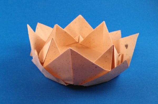 origami-serviette-lotus