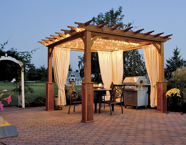 une pergola bois quelques id es inspirantes en photos. Black Bedroom Furniture Sets. Home Design Ideas