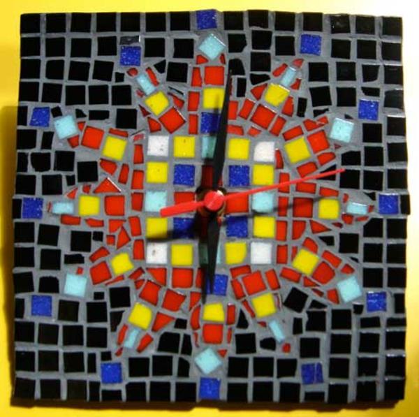 pendule-murale-design-mosaique-magnifique