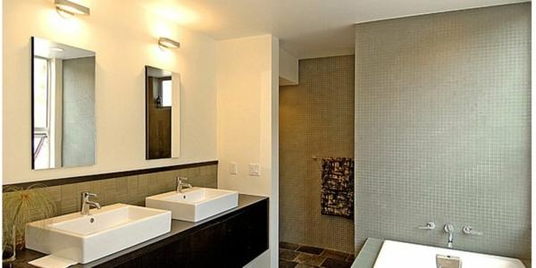 plafonnier-de -salle-de-bain- chromé-intérieur